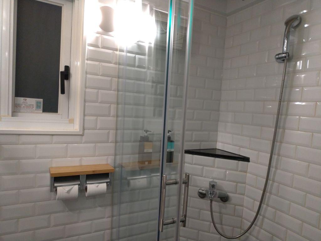 MINI HOTEL台中火車站館浴室乾濕分離