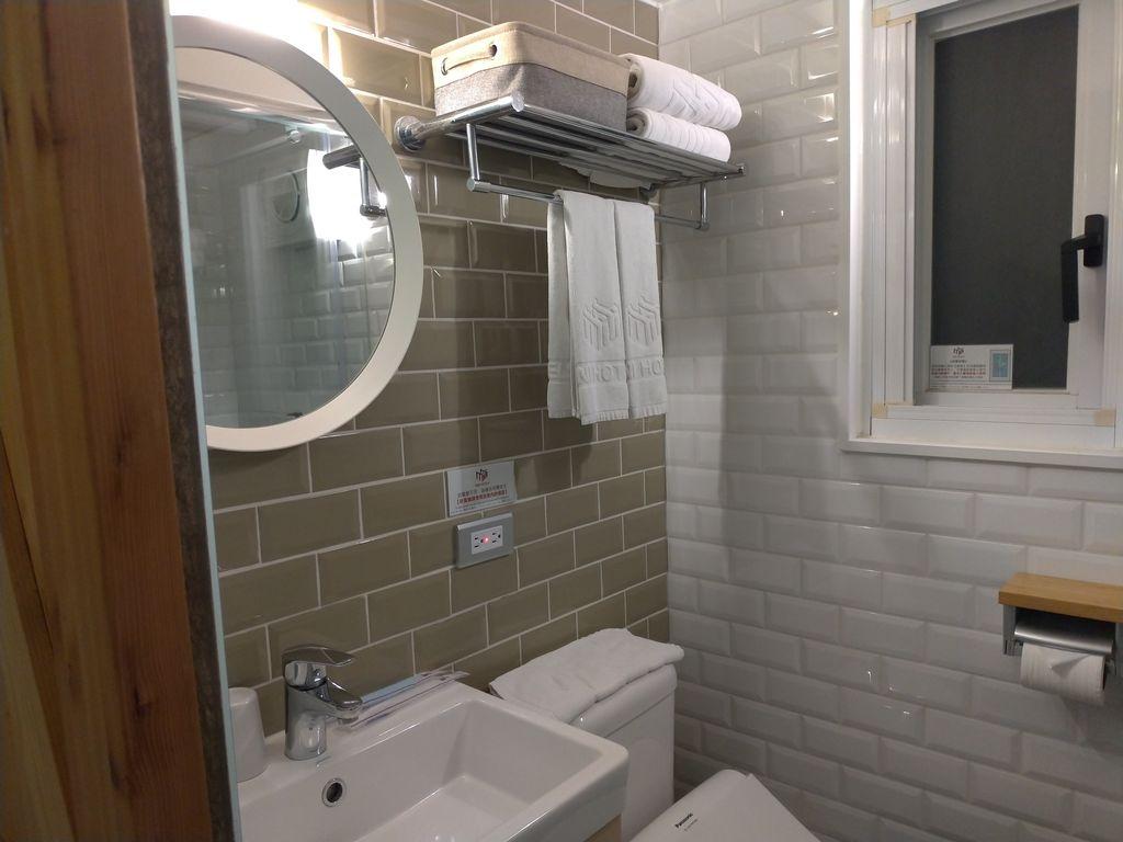 MINI HOTEL台中火車站館浴室