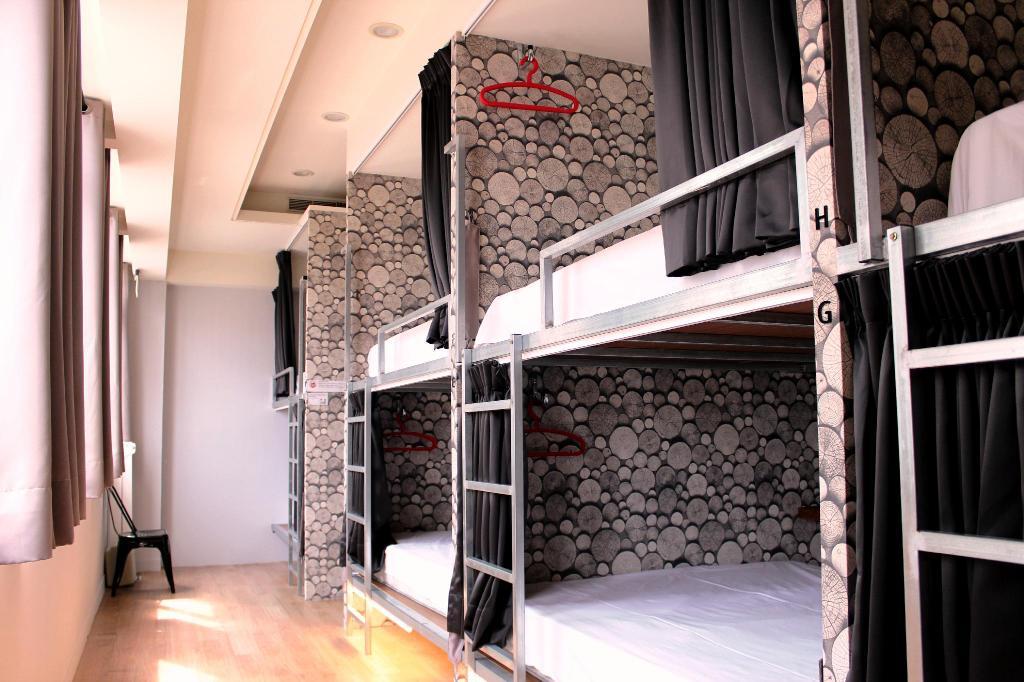 米尼旅店宿舍房